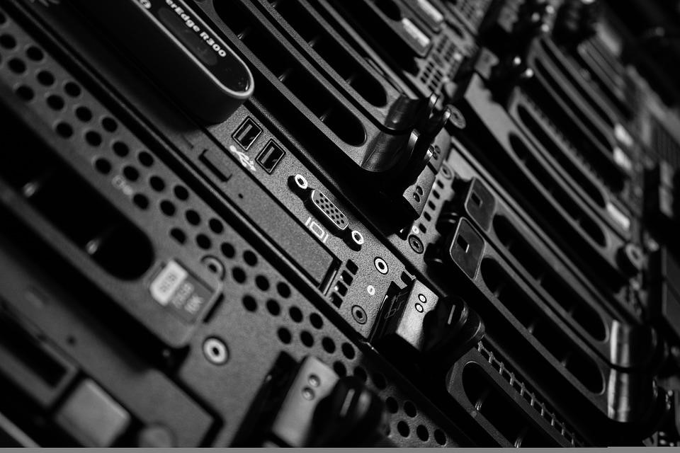 Moving to Cloud Hosting from Dedicated Hosting: All You Need to Know